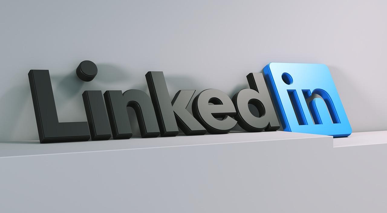 Come funziona LinkedIn: costruire un profilo efficace.